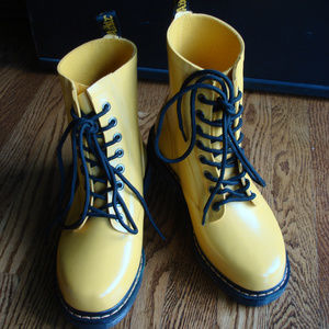 Dr Martens Sunflower Yellow Drench Boots